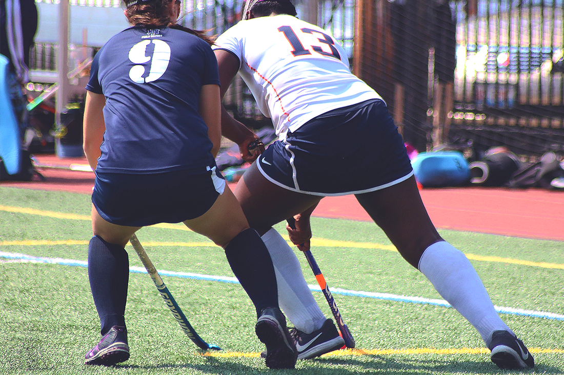 Group training for field hockey in Virginia